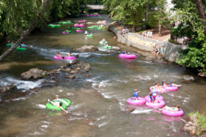 River-Tubing-DT_34387349